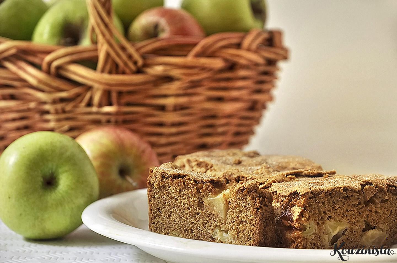 Αρωματικό κέικ με μήλα / Apple cinnamon bread