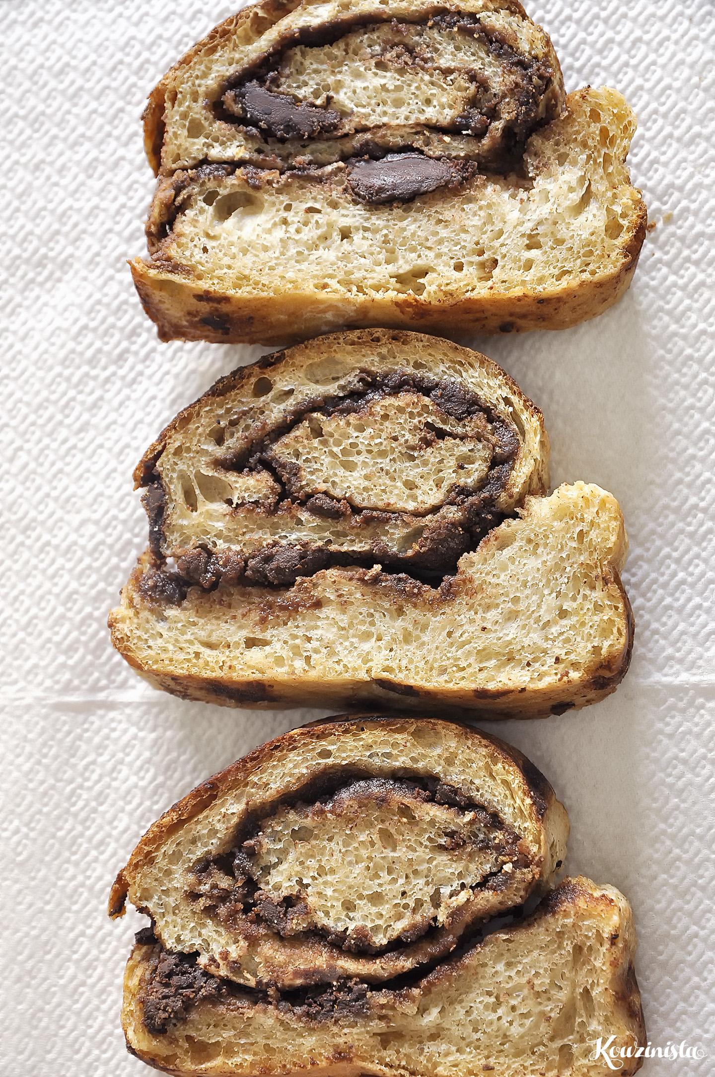 Ψωμί με σοκολάτα και ταχίνι / Chocolate tahini swirl bread