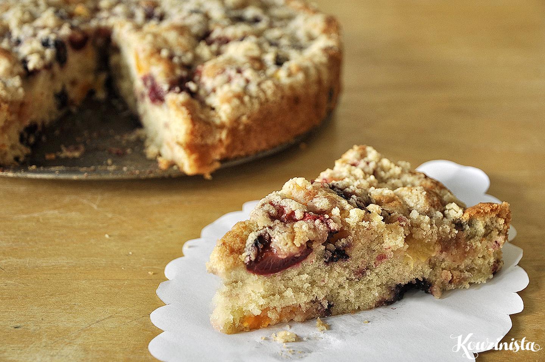 Καλοκαιρινό κέικ φρούτων με τραγανή κρούστα / Summer fruit buckle