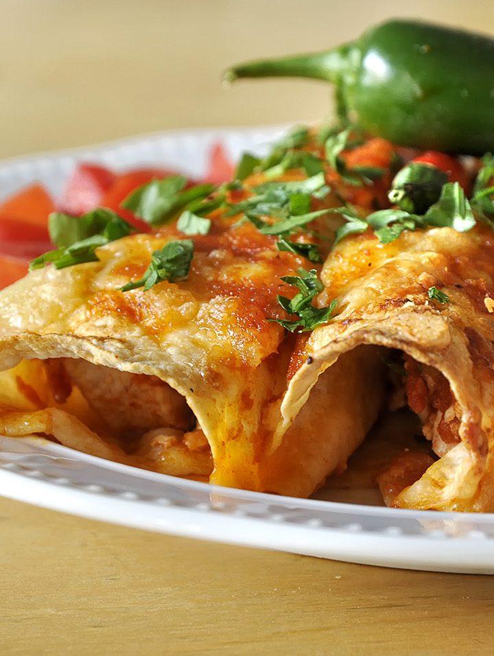 Enchiladas με κοτόπουλο και σάλτσα τσίλι