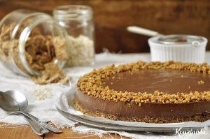 Τούρτα με σοκολάτα, γιαούρτι & δημητριακά / Chocolate yogurt & cereal torte