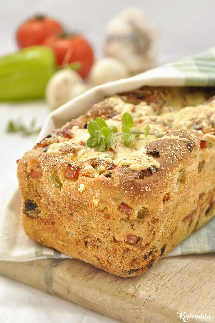 Ψωμί με γεύση πίτσας χωρίς ζύμωμα / No knead pizza bread