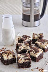 Μαρμπλ μπράουνις με σοκολάτα & τυρί κρέμα / Cheesecake marbled brownies