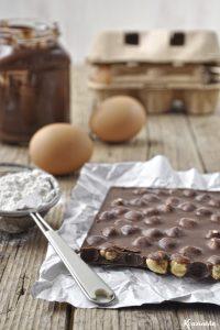 Κέικ πραλίνας φουντουκιού με τρία υλικά (χωρίς μίξερ) / Three ingredient nutella loaf cake (no mixer)
