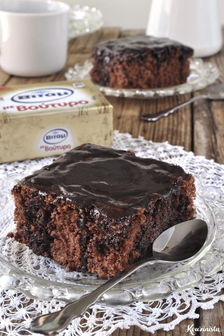 Σοκολατένιο κέικ βραστό ή κατσαρόλας