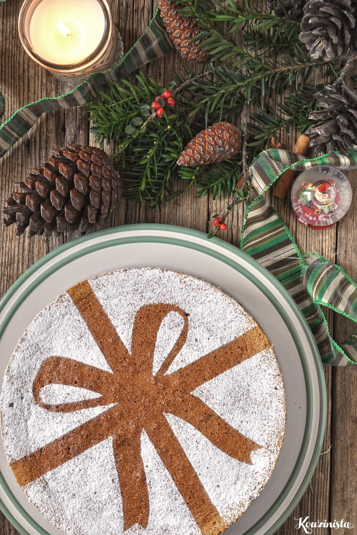 Χριστουγεννιάτικο μαγικό κέικ με καρύδια & μπαχαρικά