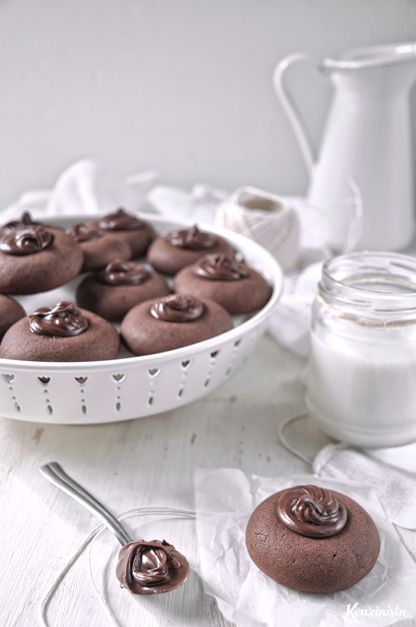 Μπισκότα με nutella (με 3 υλικά) / 3-Ingredient Nutella thumbprint cookies