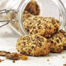 Cookies μπανάνας με καρύδα και σταφίδες