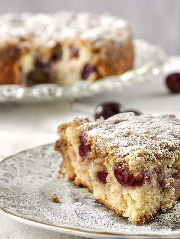 Γρήγορο κέικ με κεράσια