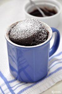 Σοκολατένιο κέικ στιγμής σε κούπα / Instant chocolate mug cake