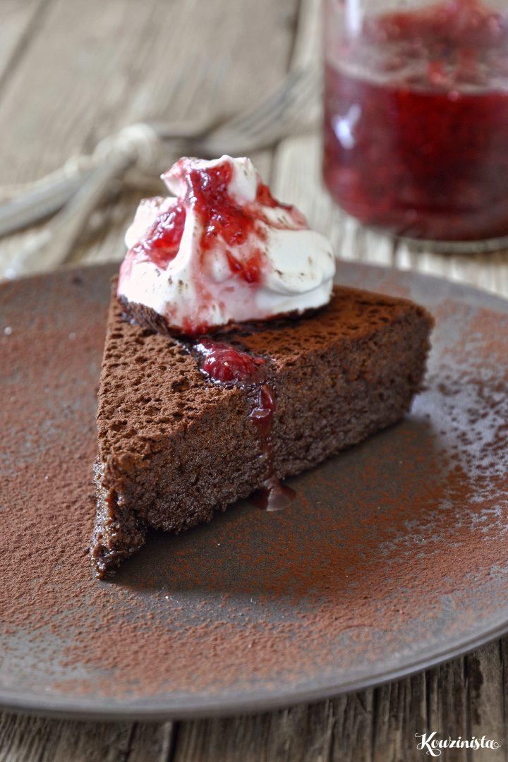 Μους-κέικ σοκολάτας χωρίς γλουτένη
