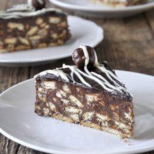 Εύκολη τούρτα μωσαϊκό με πραλίνα φουντουκιού