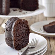 Ονειρεμένο κέικ σοκολάτας με γιαούρτι